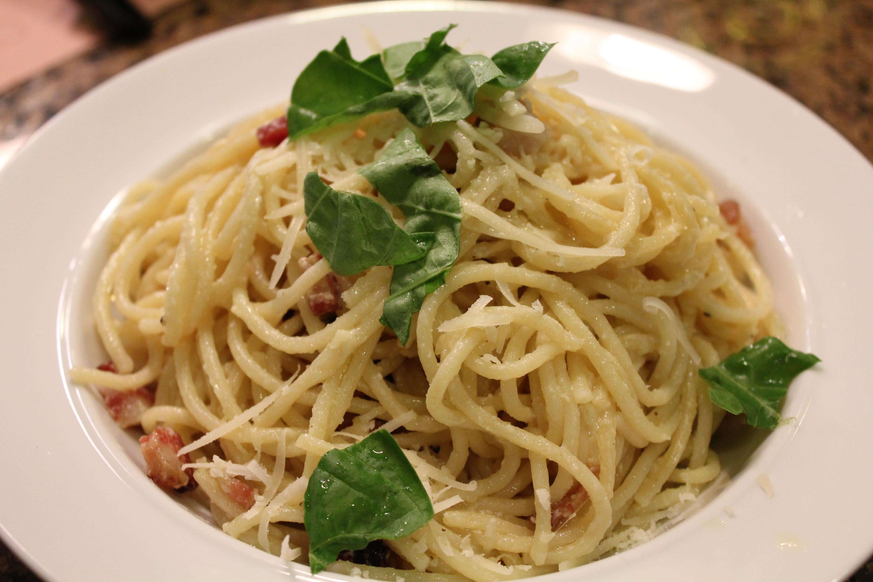 Creamy Spaghetti Carbonara Hip Foodie Mom