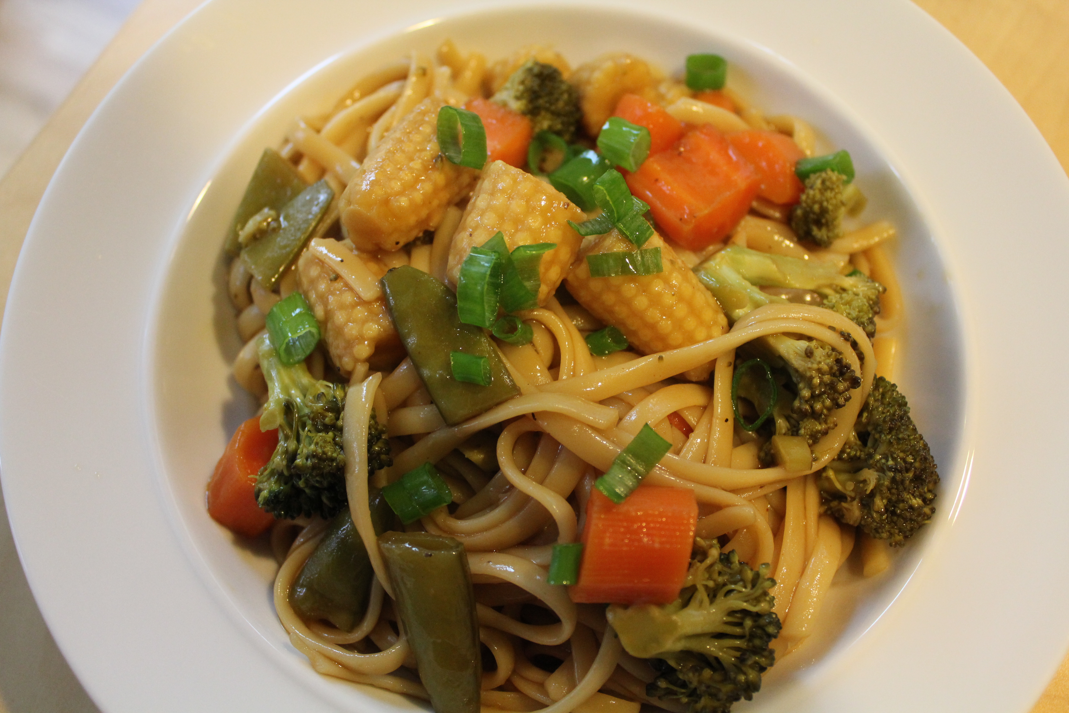 Vegetable Lo Mein - Hip Foodie Mom