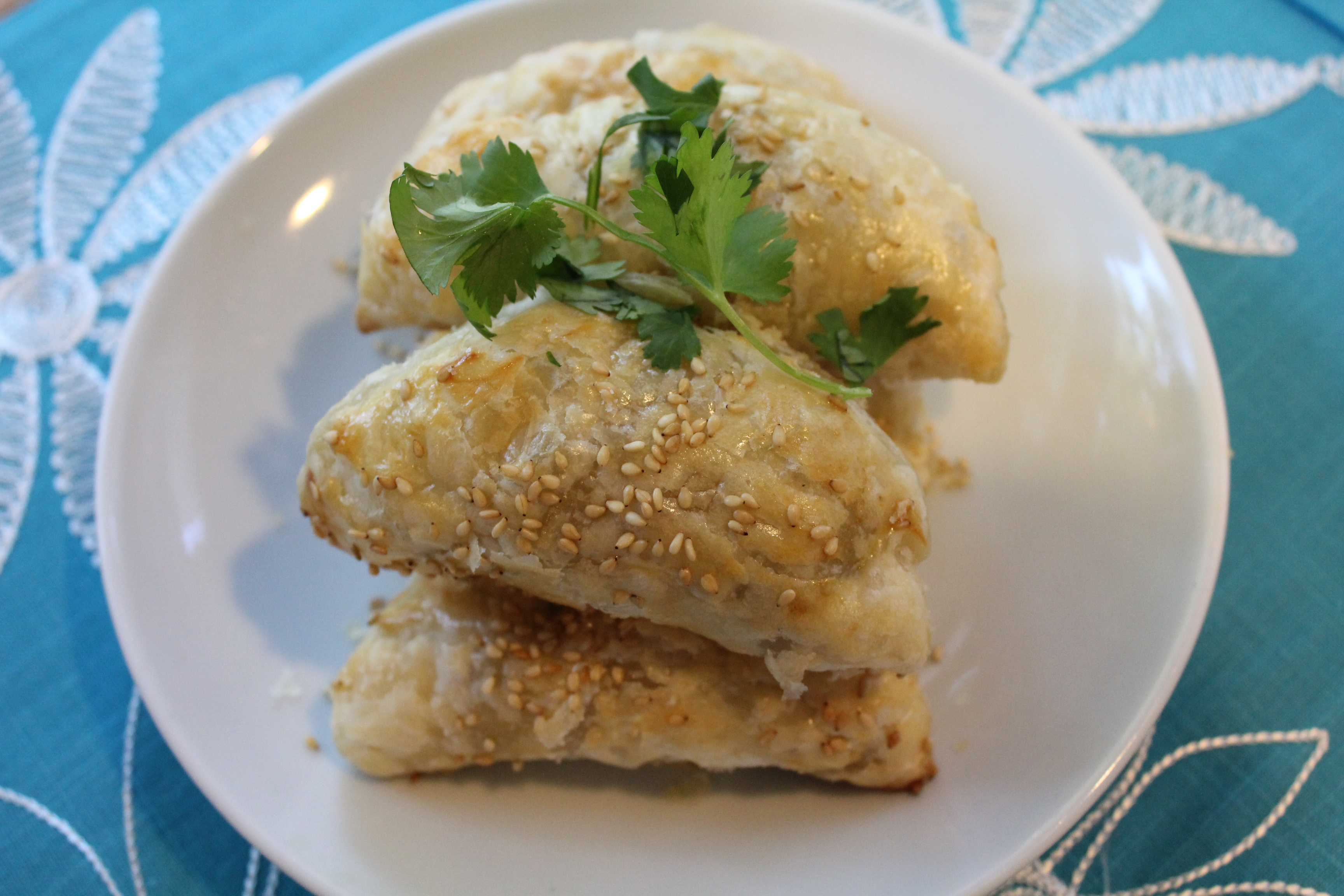 Chicken Curry Puffs - Hip Foodie Mom