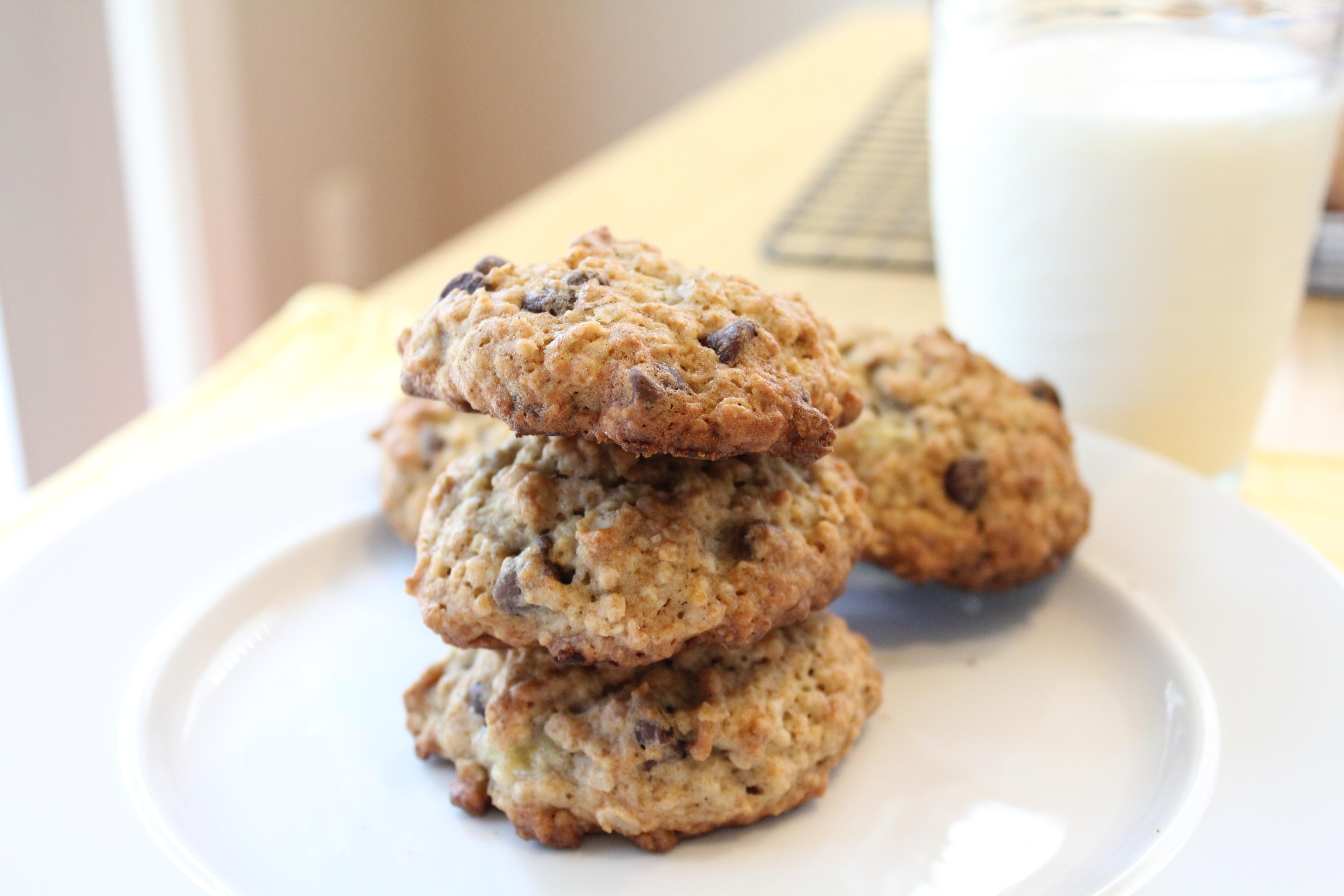 Banana Chocolate Chip Cookies!! - Hip Foodie Mom