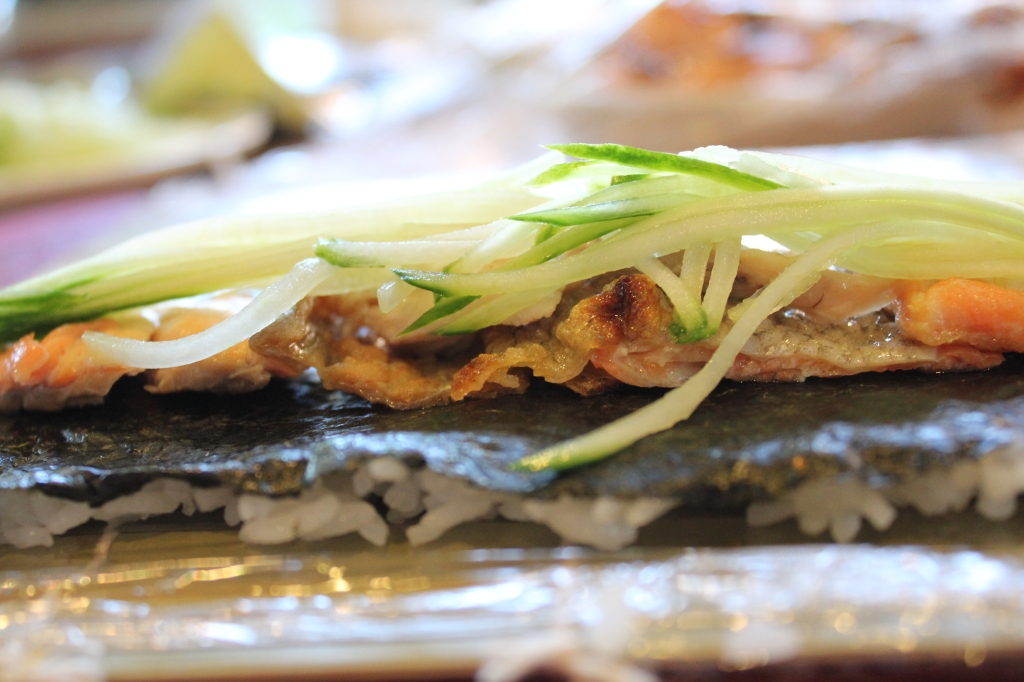 how to make salmon skin roll